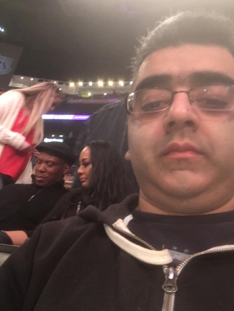 PHOTO Byron Scott At Lakers Game And He's On His Phone Showing His Wife Picutures Instead Of Watching The Game