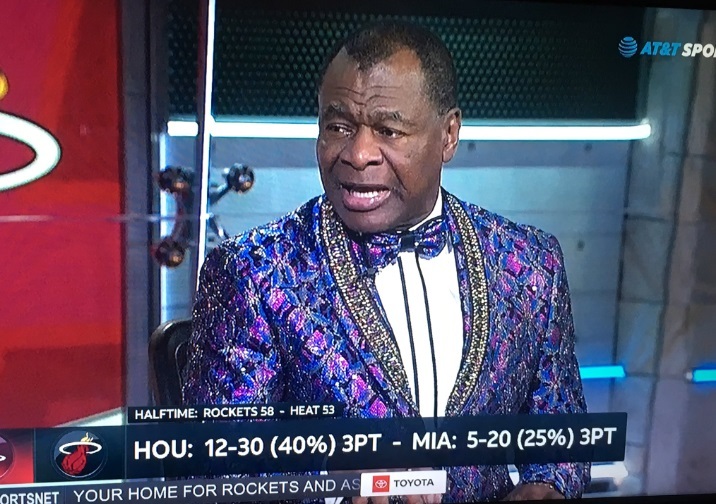 PHOTO Clyde Drexler Wearing Special Christmas Suit Like He Just Came From Church
