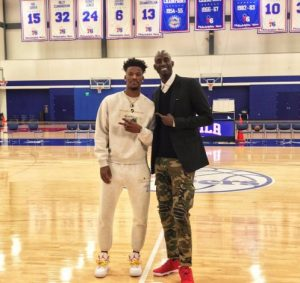 PHOTO Jimmy Butler Took A Picture In A Sweat Suit With Kevin Garnett At 76ers Practice Facility