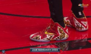 PHOTO Lauri Markkanen's Red Zebra Nike Shoes