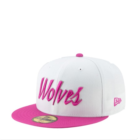 PHOTO Pink Timberwolves Hat
