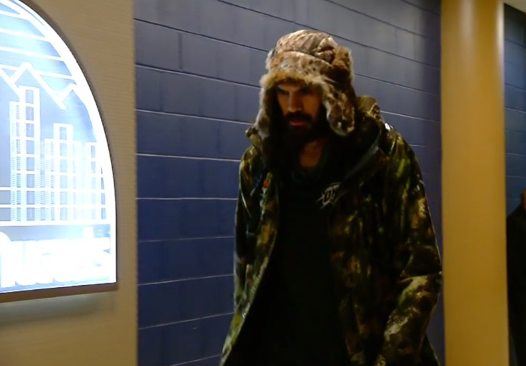 PHOTO Steven Adams Wearing Very Furry Hat