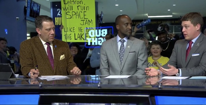 PHOTO Grizzlies Fan Smirking Holding Sign That Says Lebron Will Ruin Space Jam Like He Ruined The Lakers