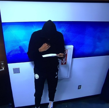PHOTO Kevin Durant Looking Like Slim Reaper Staring At Stat Sheet In Tunnel