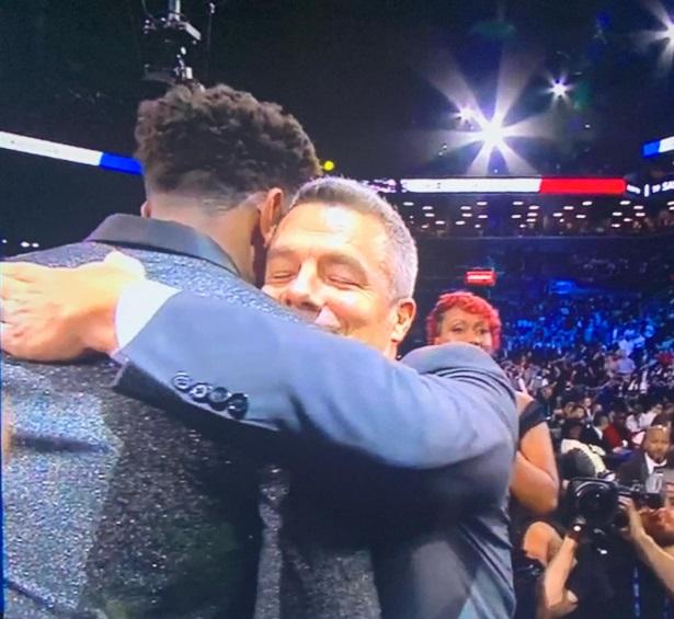 PHOTO De'Andre Hunter Enjoying His Hug With Former Coach Tony Bennett