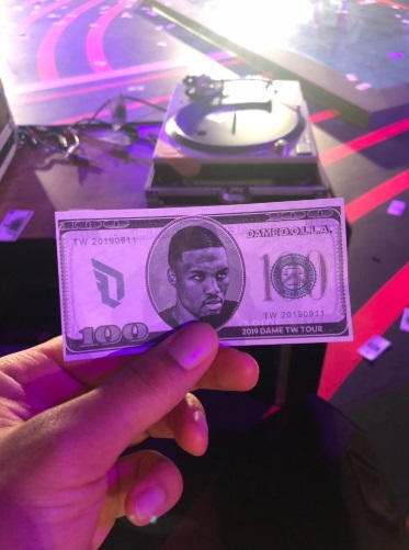 PHOTO Damian Lillard Has His Own Hundred Dollar Bill