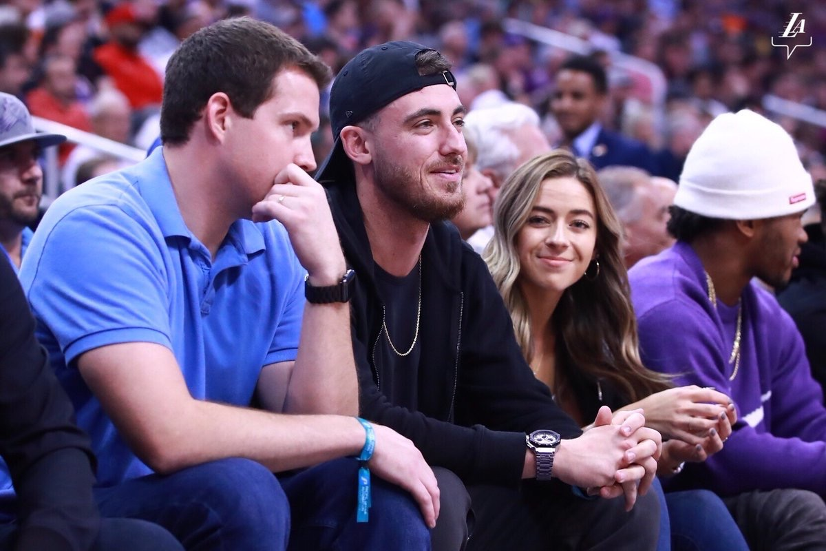 PHOTO Cody Bellinger Courtside At Lakers/Suns In Phoenix With His Hot Girlfriend Who Is Enjoying The Attention From TV Cameras