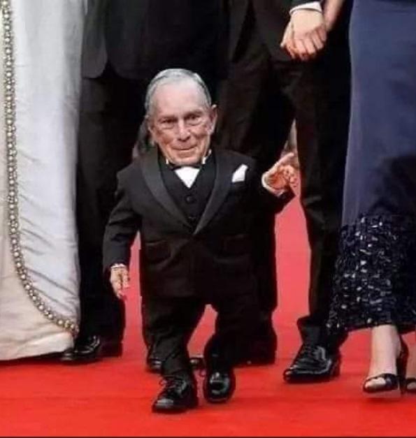 PHOTO Mini Mike As A Midget