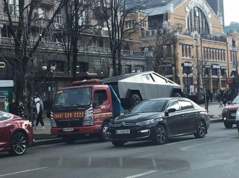 PHOTO Tesla Cybertruck On The Streets Of Kiev